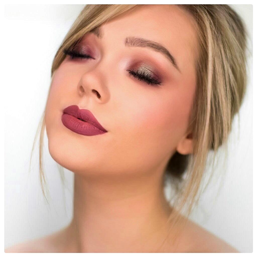 Blue and Burgundy havoc makeup geek