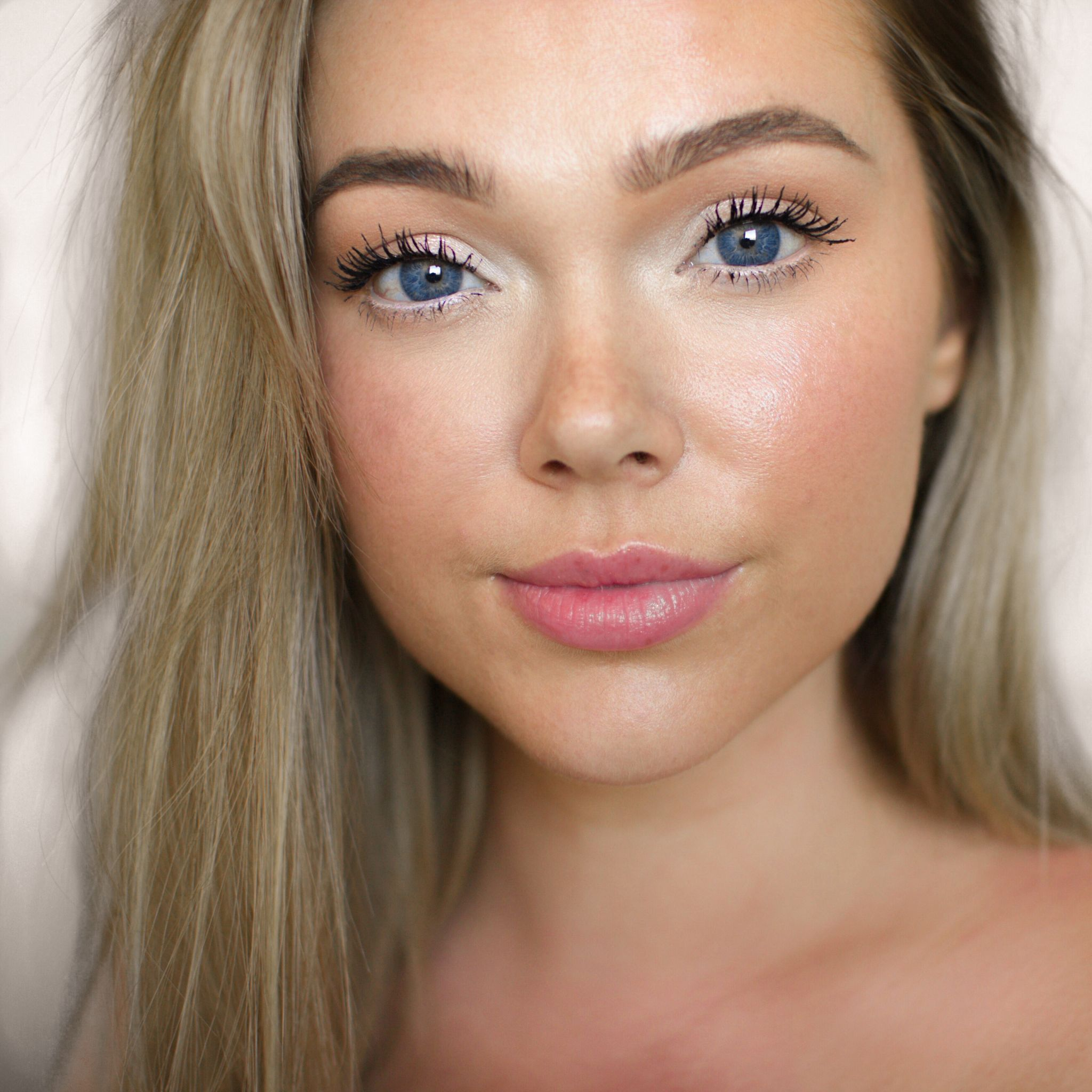 Fresh, Natural Makeup