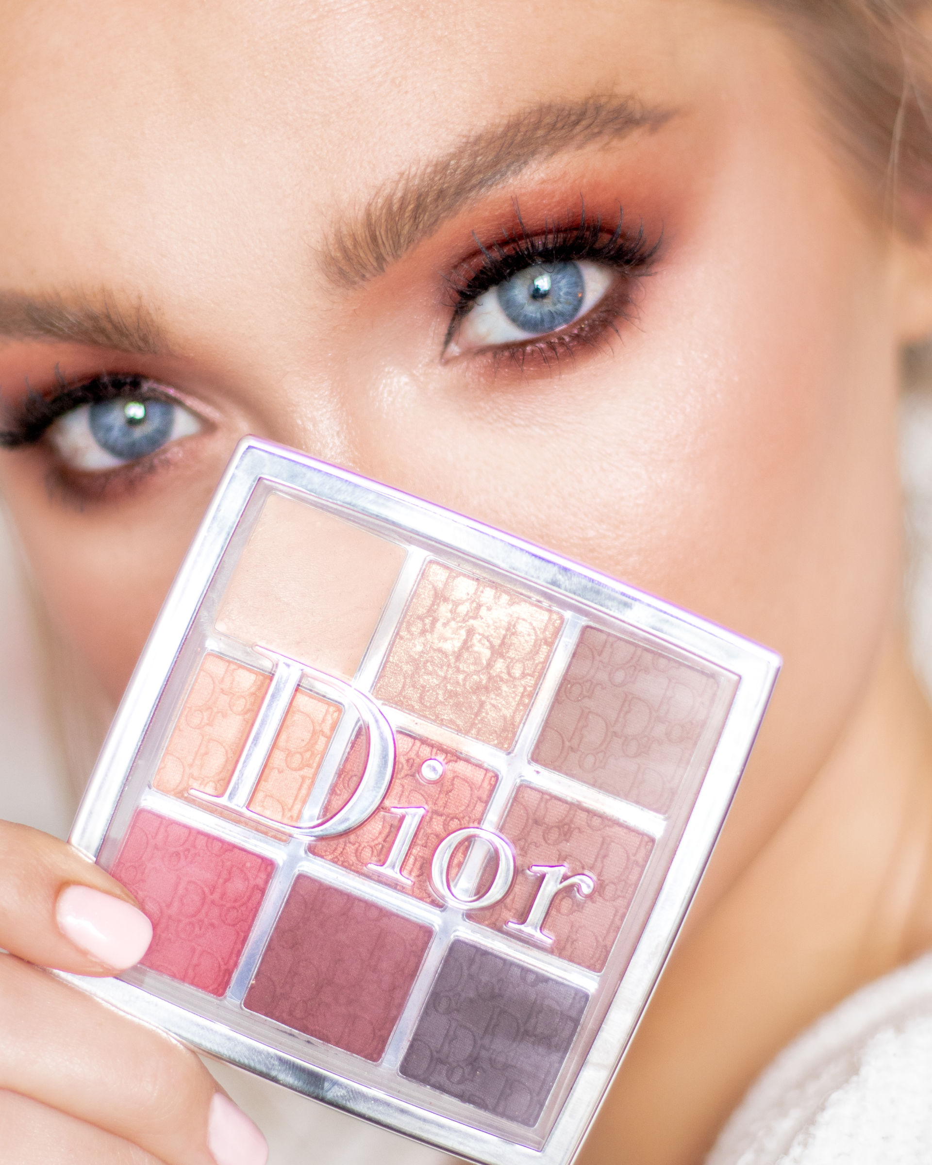 Dior Amber Neutrals Eye and Product Shot-2